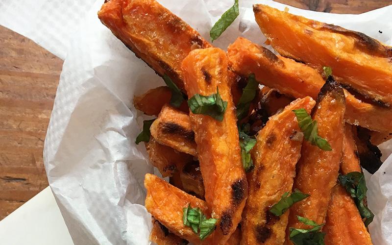French fries av søtpotet