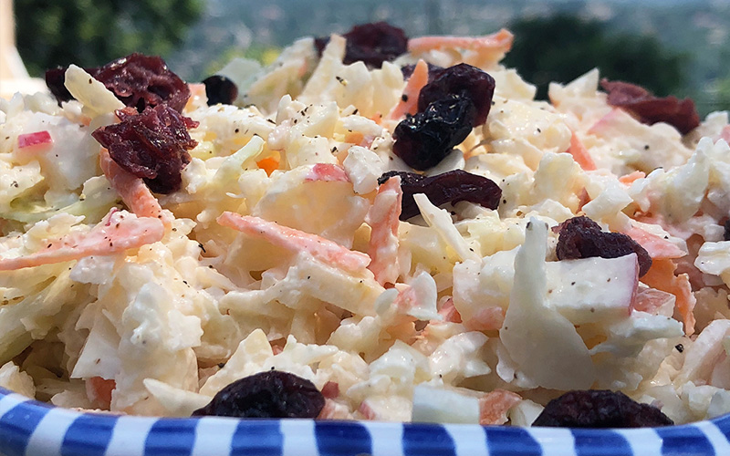 Eplekjekk og lett coleslaw