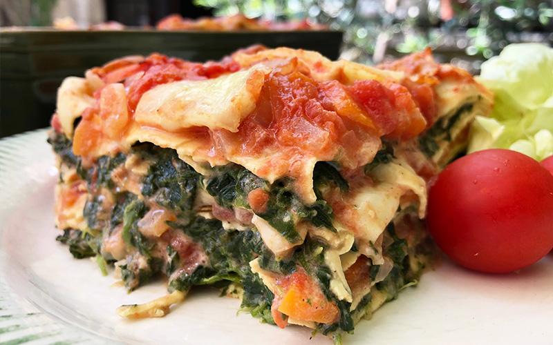 Vegetarlasagne med spinat og tomat