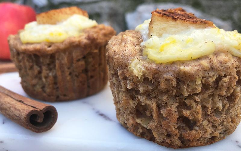 Saftige eple og kanelmuffin med vaniljefyll