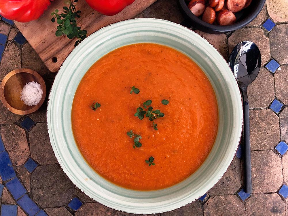 Sunn og styrkende tomatsuppe
