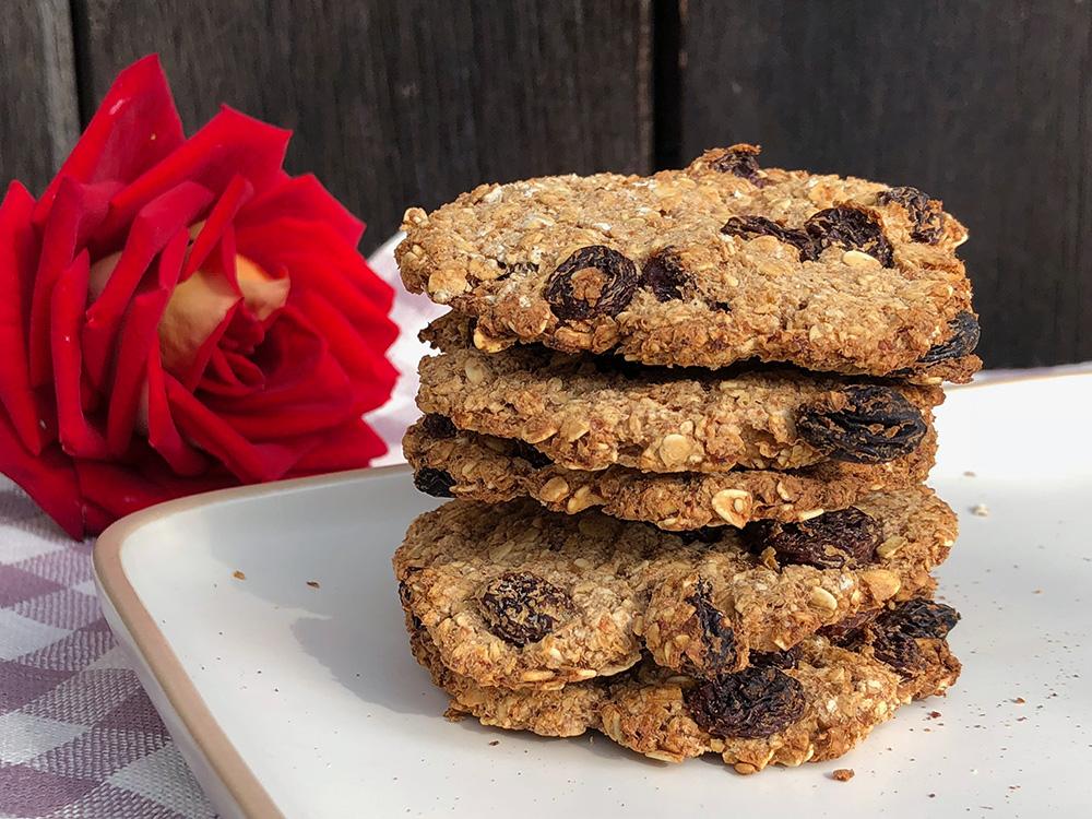 Enkle hverdagscookies med kun 4 ingredienser!