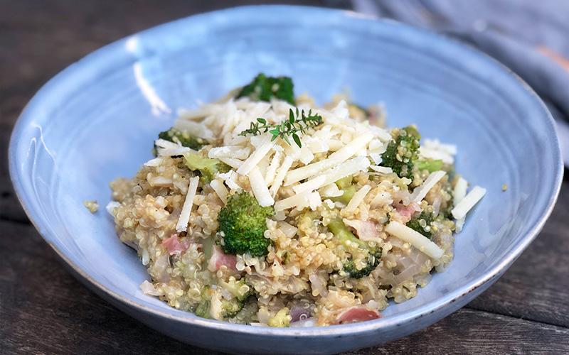 Brokkoli, parmesan og hvitløksquinoa