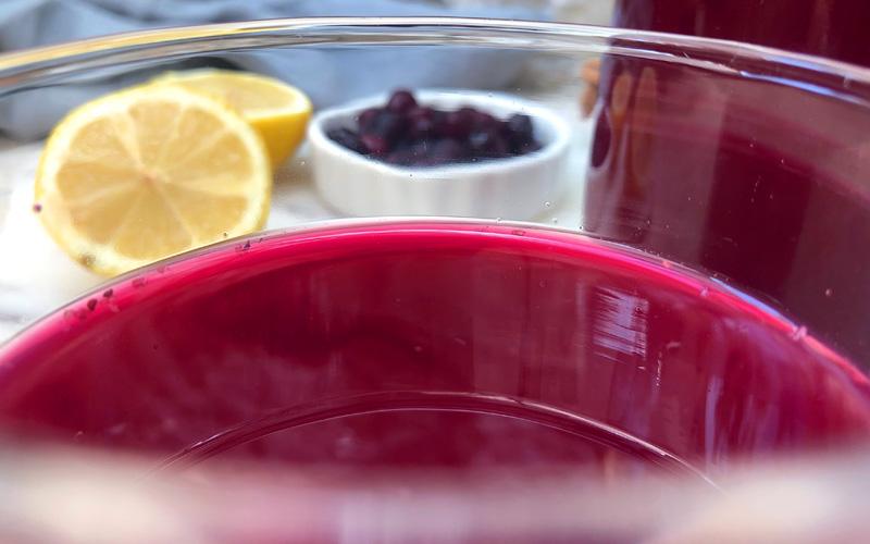 Sunnhetshot med rødhet og blåbær