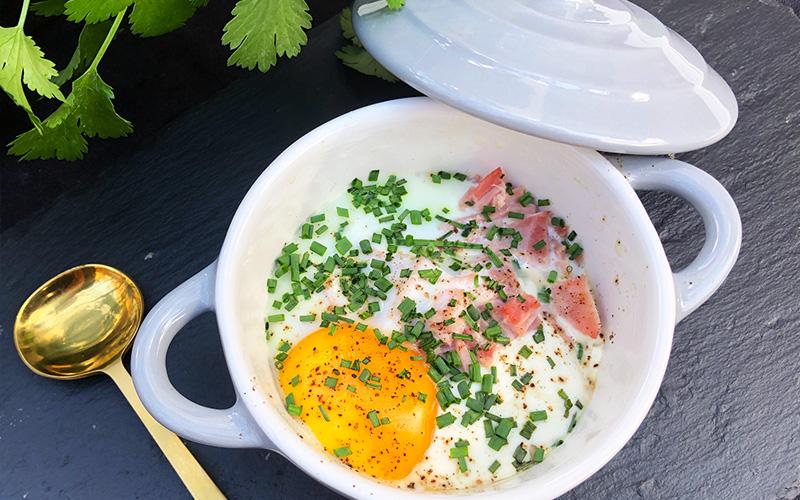 Bakt egg - oeuf cocotte