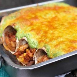 Enestående enchiladas med kylling enkel ostesaus
